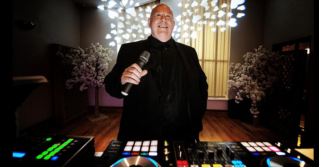WEDDING DJ DISCO SUFFOLK NORFOLK