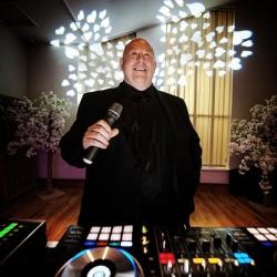 WEDDING DJ SUFFOLK
